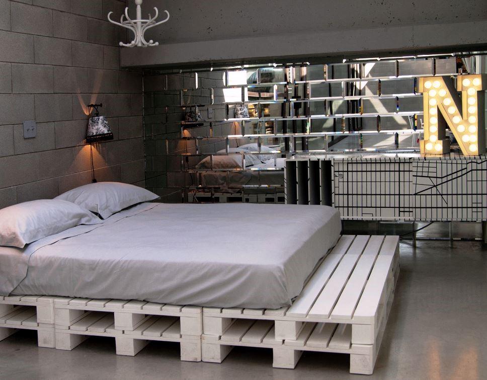 Красивую кровать можно сделать