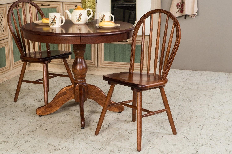 деревянная мебель в доме