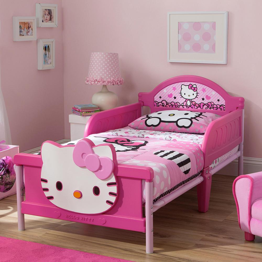 классическая кровать для девочек