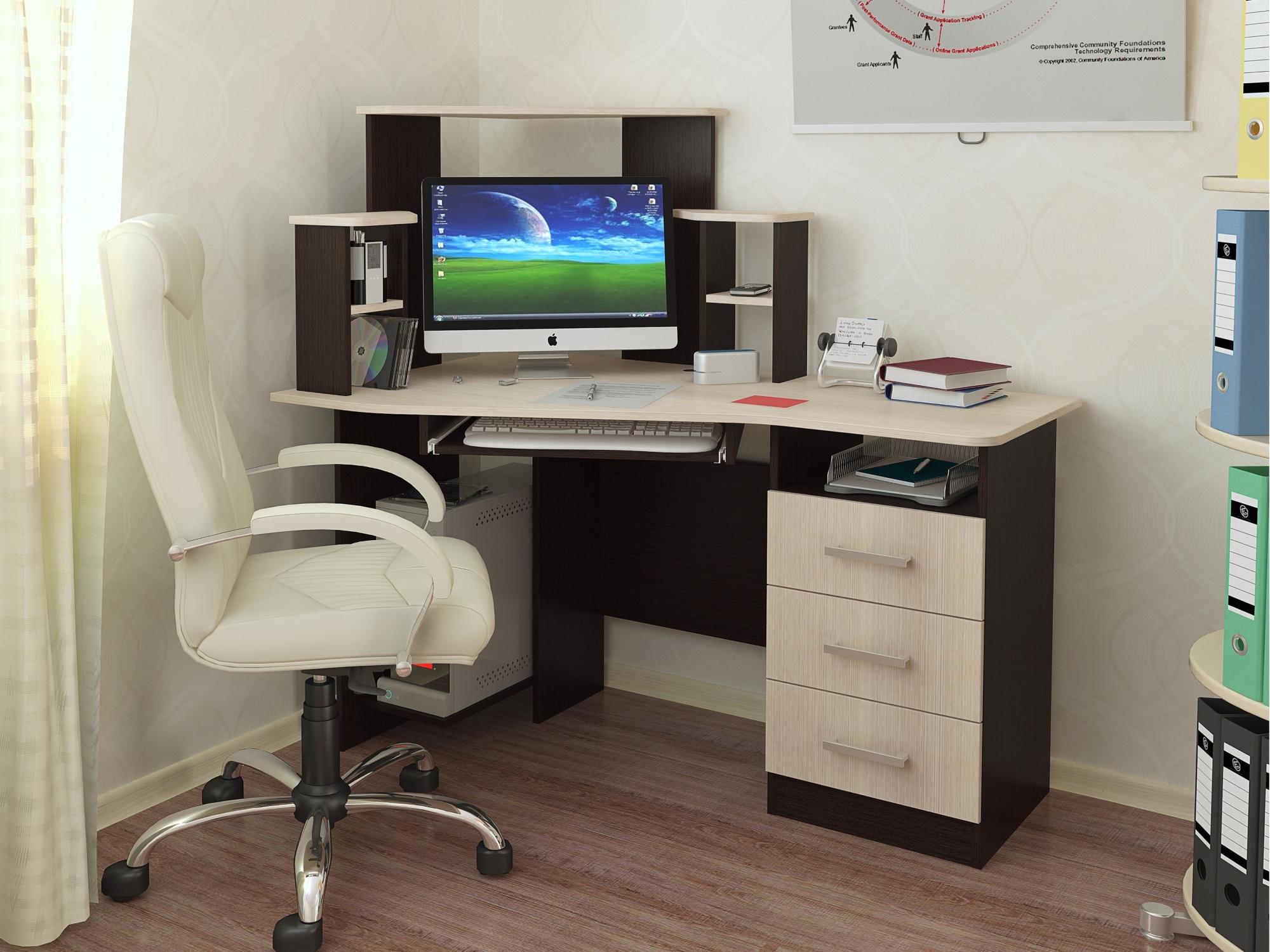 Письменный стол, сделанный своими руками