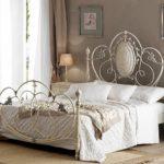 кованая кровать фото декор
