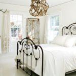 кованые кровати декор фото