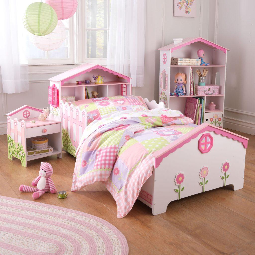кровать для маленьких девочек