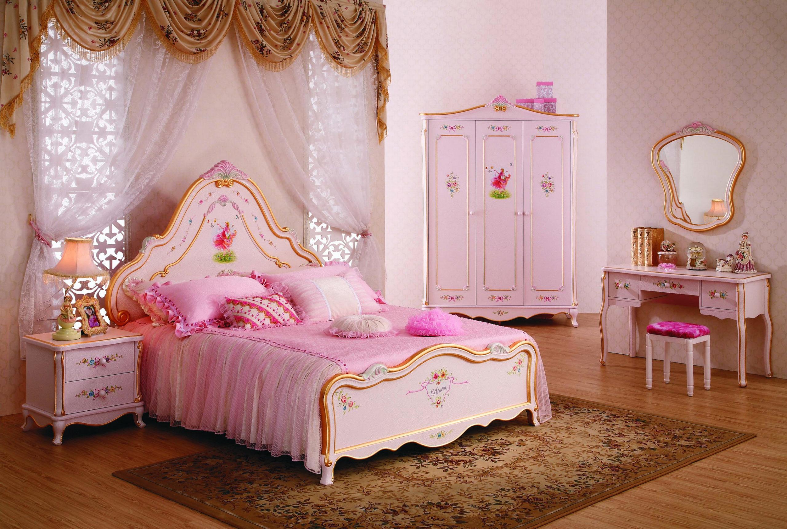 расположение кровати для девочки