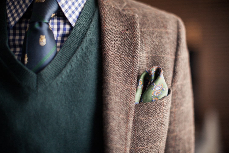 красивый платочек в кармане пиджака