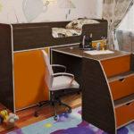 кровать чердак с рабочей зоной декор фото