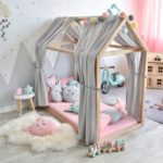 розово-серая кровать для девочки