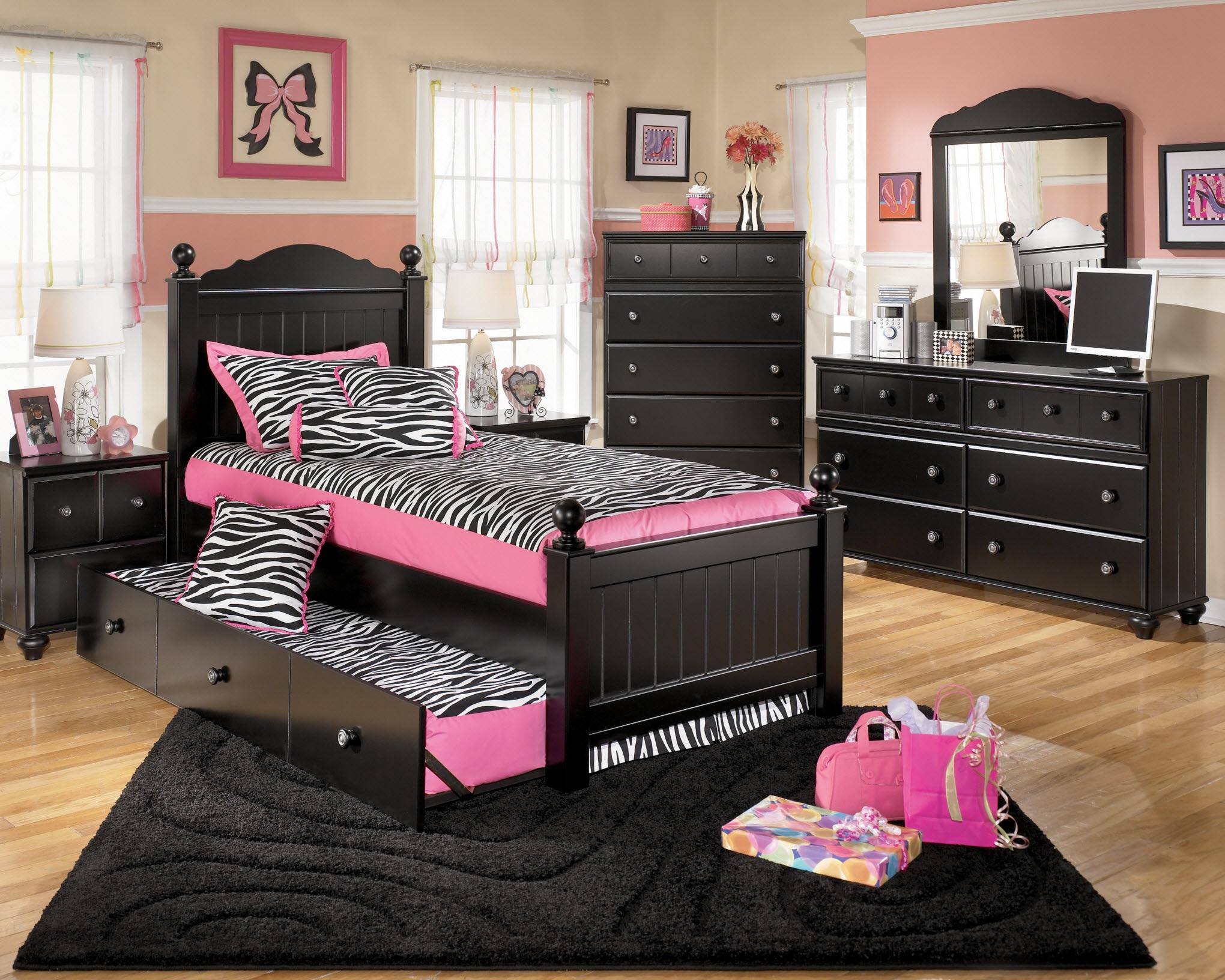 кровать для подростка внешний вид