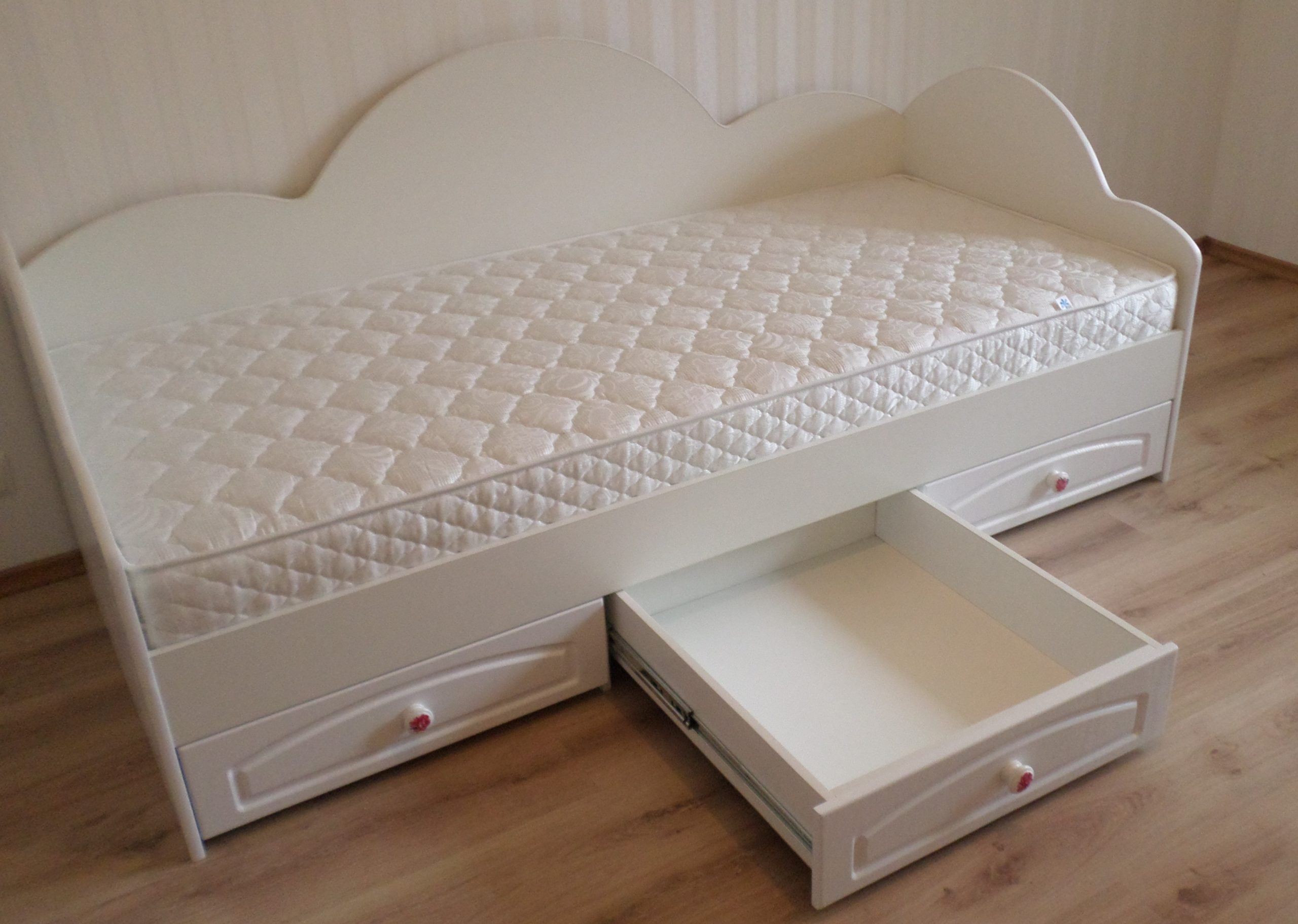кровать для подростка матрац пенополиуретановый