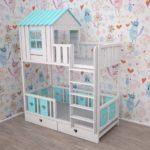 кровать-домик для детей светло-голубой