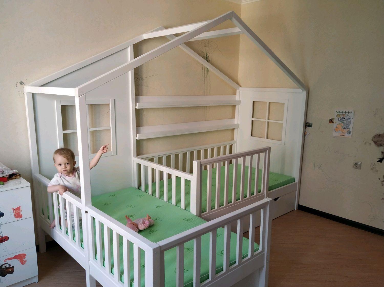 кровать-домик для детей маленькая