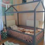 кровать-домик для детей с манежем
