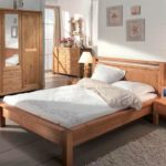 кровать из массива сосны фото оформления