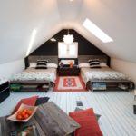 кровать из поддонов домиком