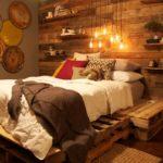 кровать из поддонов с бурундуком