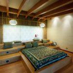 кровать-подиум в восточном стиле