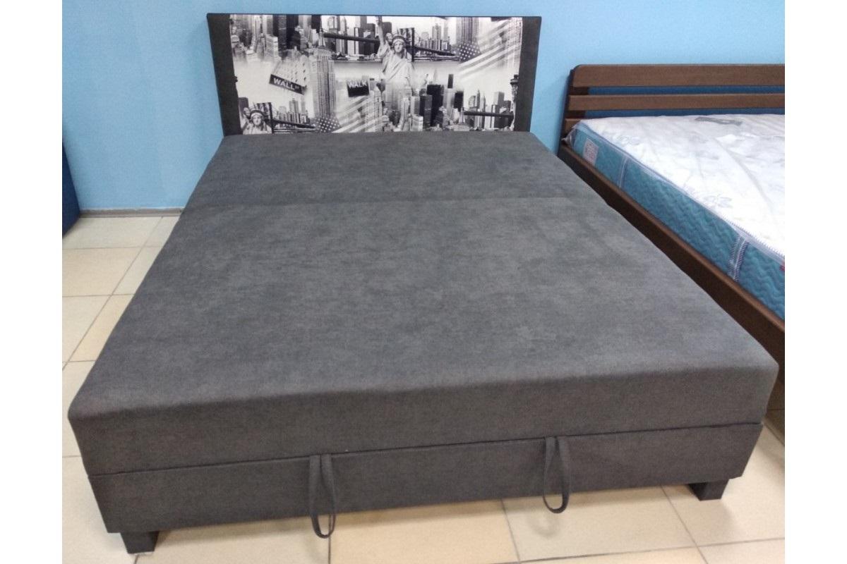 кровать с подъемным механизмом на петлях