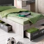 кровать с выдвижными ящиками для подростка