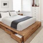 кровать с выдвижными ящиками для спальни
