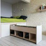 кровать с выдвижными ящиками в стиле модерн