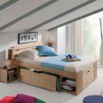 кровать с выдвижными ящиками на крыше