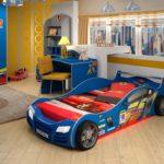 сине-красная кровать-машина для мальчика