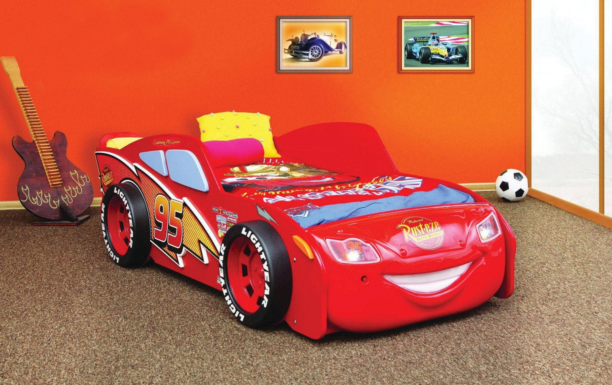 кровать-машинка из мультсериала