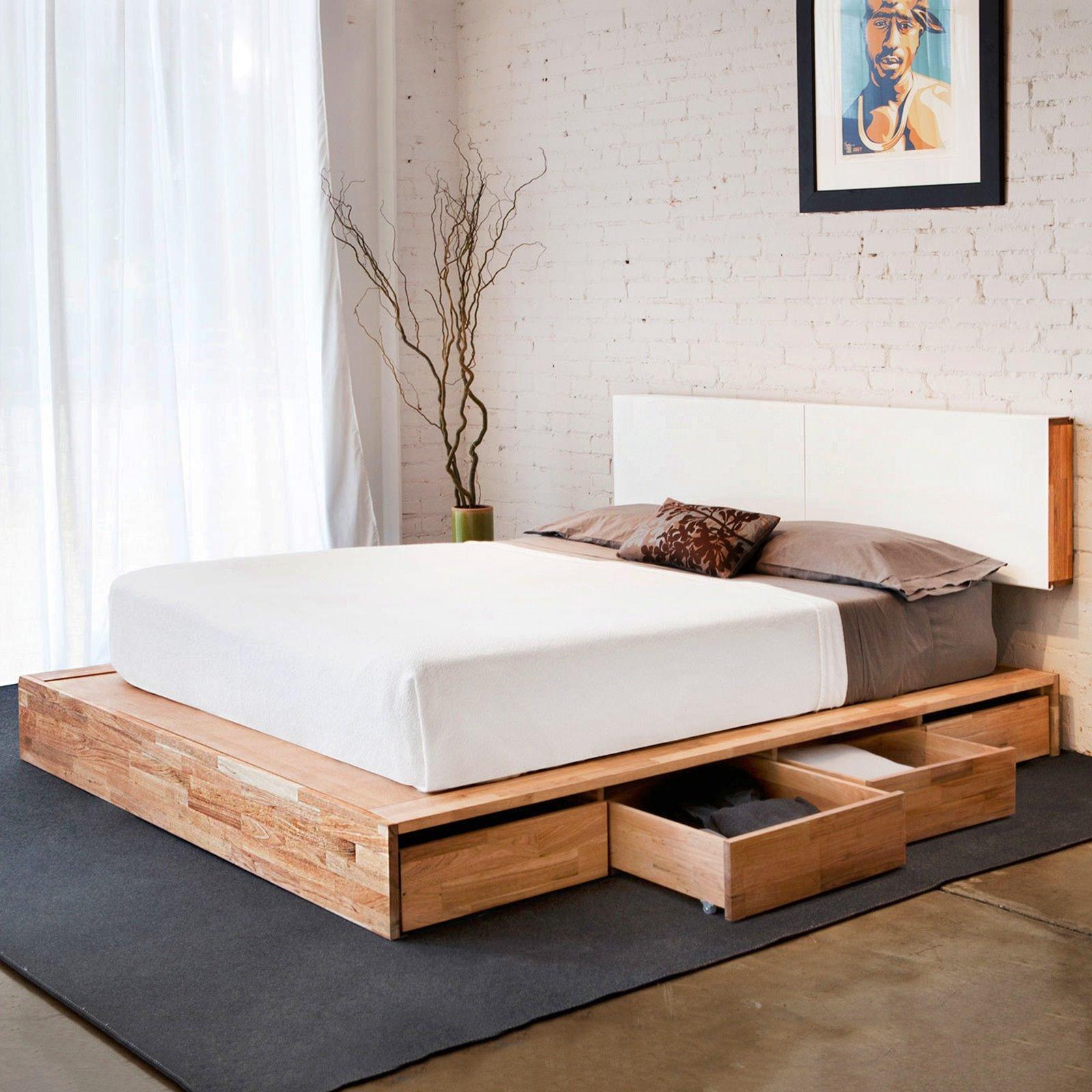 кровати из сосны современные