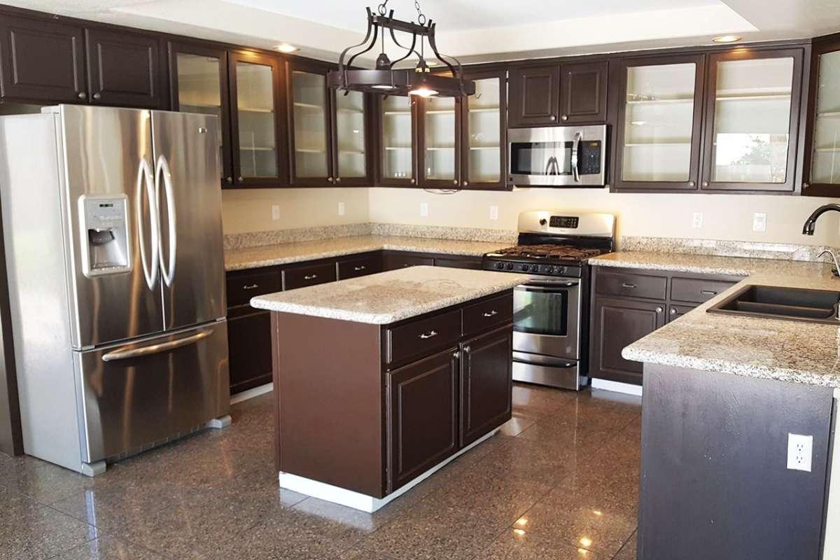 шкафчики для большой кухни