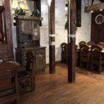 мебель состаренная в кафе
