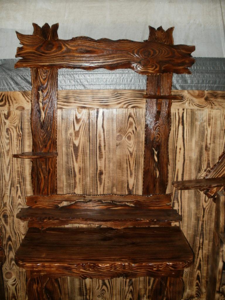 Процесс состаривания мебели