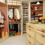 большой шкаф для хранения обуви
