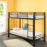 металлические двухъярусные кровати декор