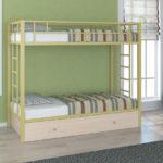 металлические двухъярусные кровати идеи декор
