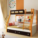 металлические двухъярусные кровати оформление