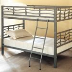 металлические двухъярусные кровати фото оформление