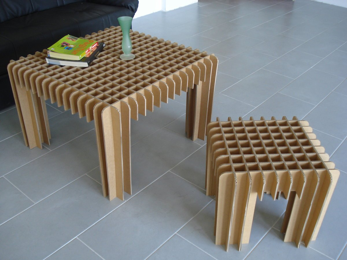стол и стул из картона