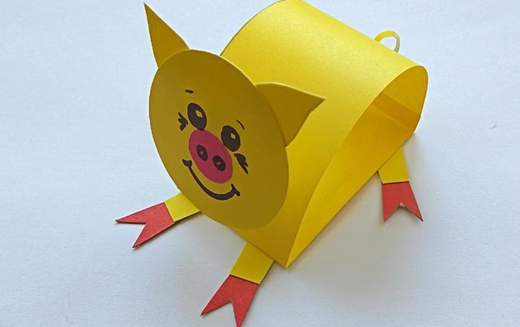 готовая поделка свинка