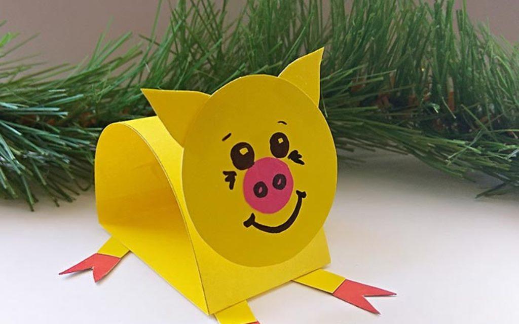 Бумажная свинка с подвижной головой