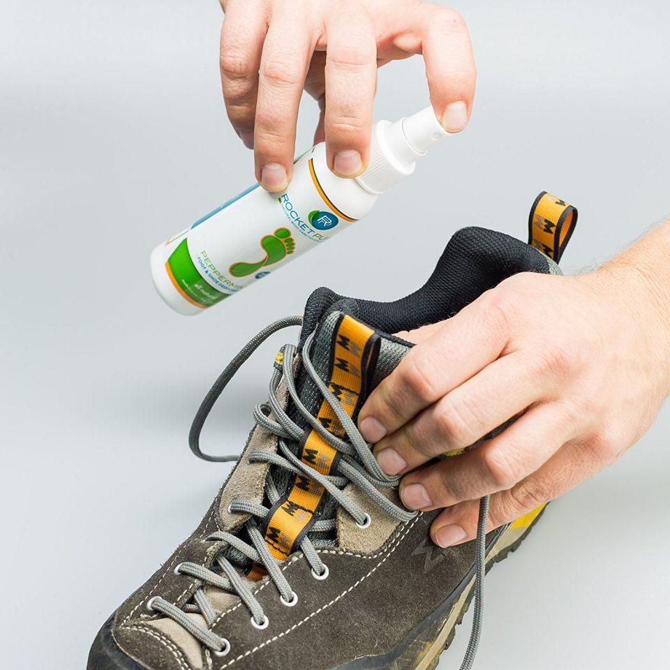 обработка обуви дезодорантом