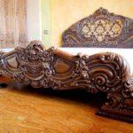 старинная мебель кровать