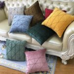 подушки для дивана варианты