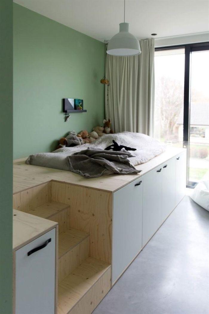 кровать-подиум со шкафчиками