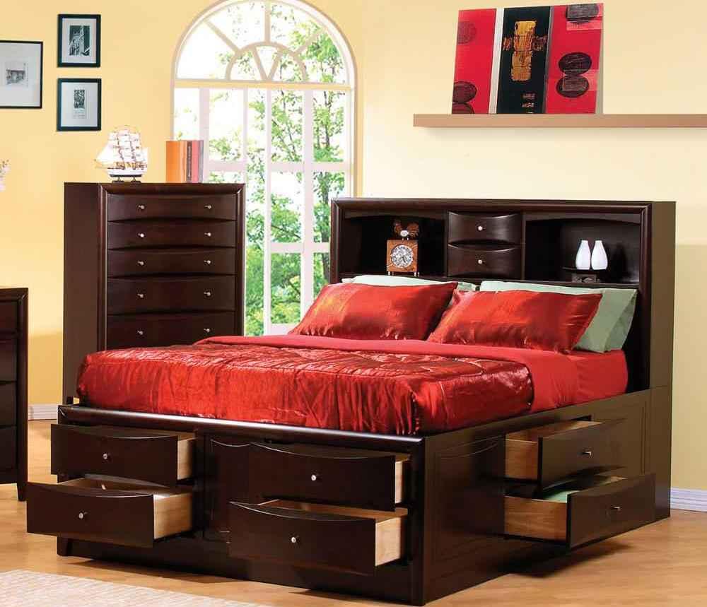 преимущества кровати с выдвижными ящиками