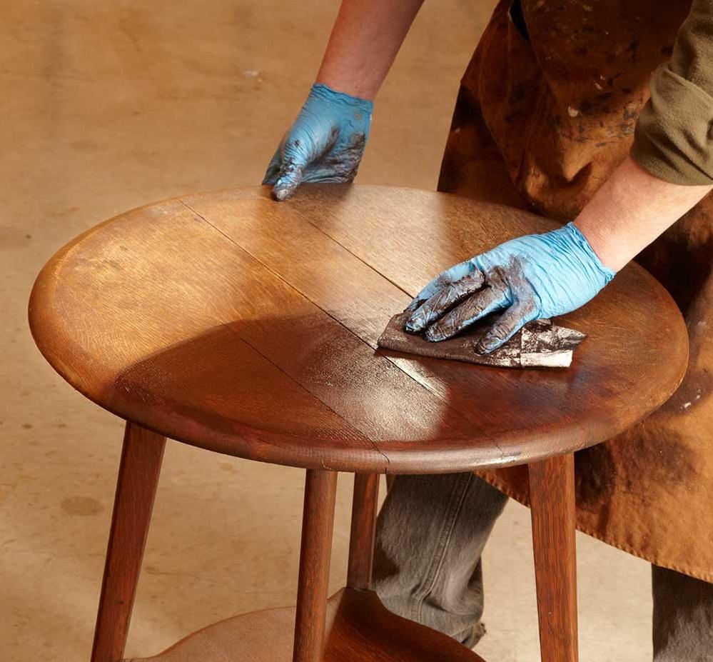 преимущества мебельного воска