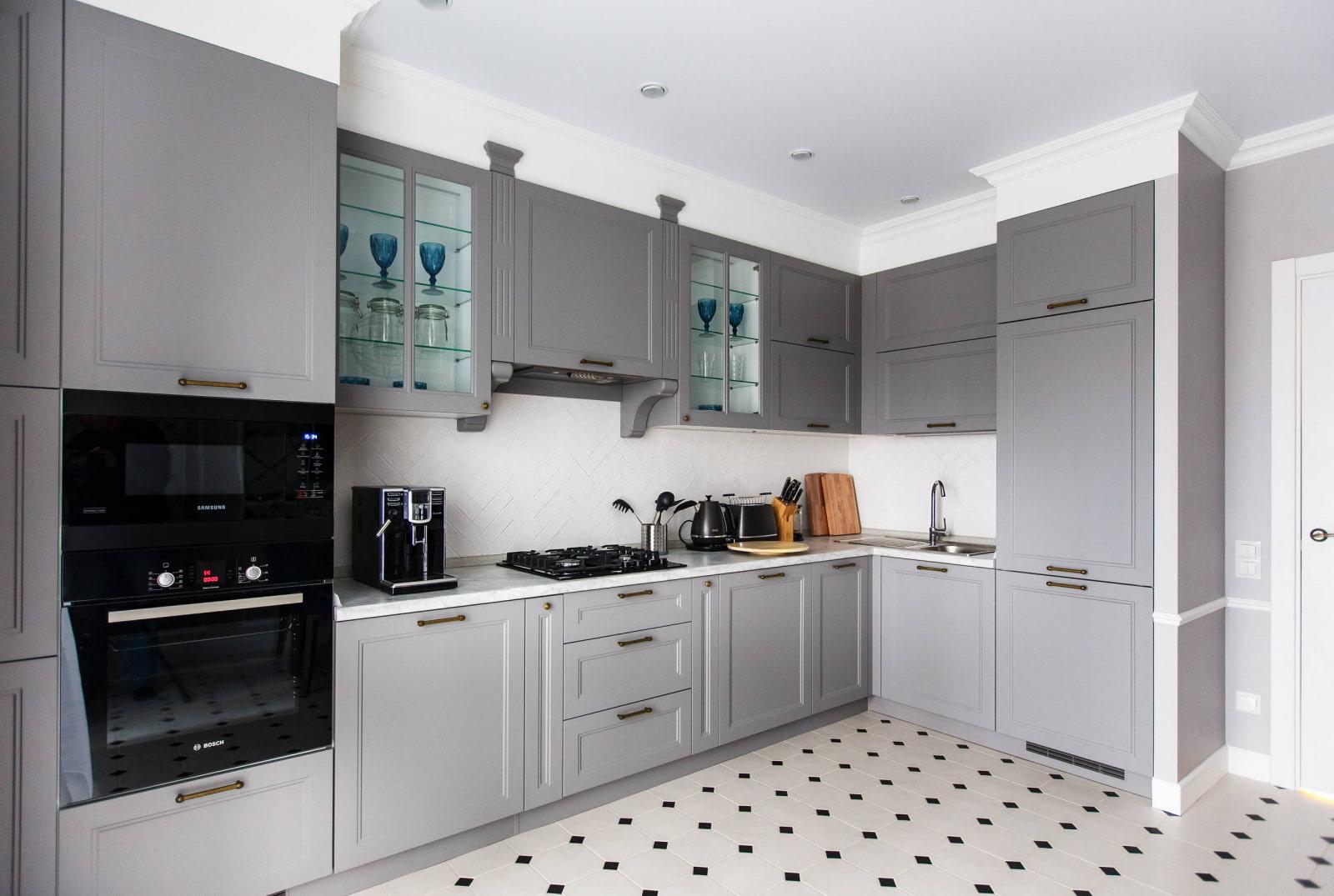 серый цвет кухни