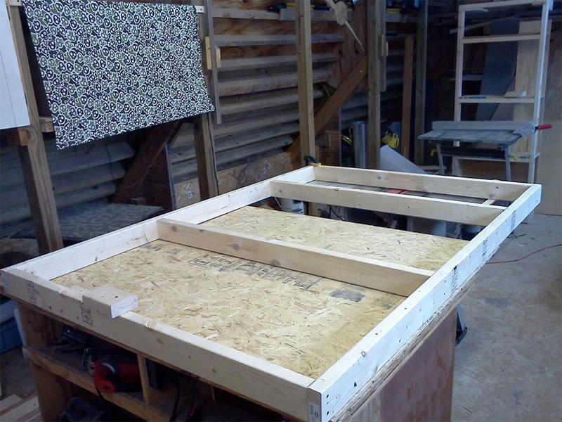 кровать-подиум изготовление
