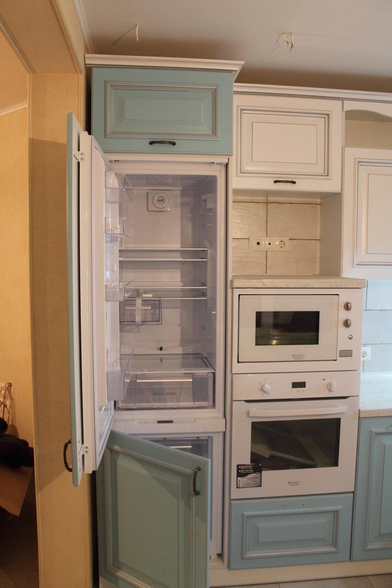 холодильник не вписывается в интерьер