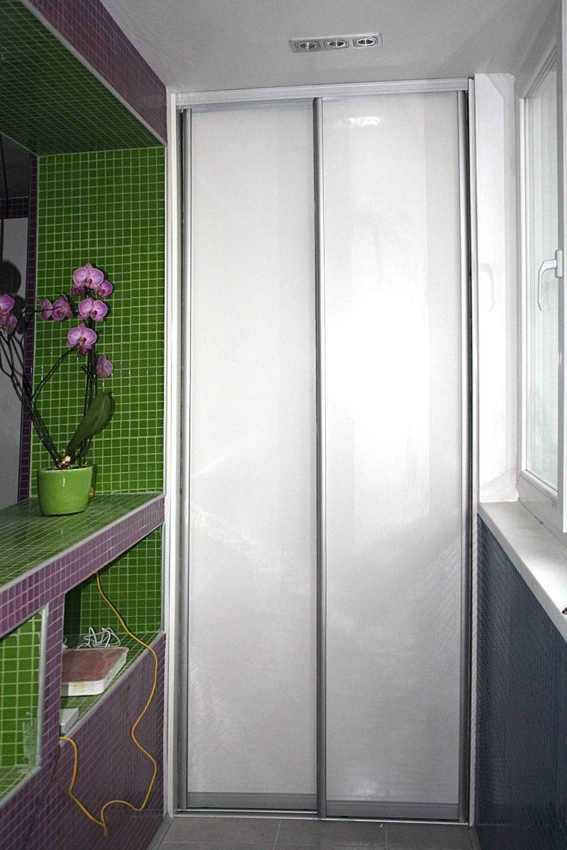 шкаф на балкон белый