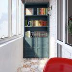 шкаф на балкон книжный